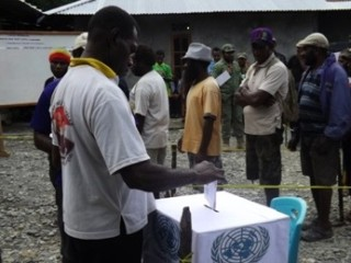 West Papuans in Timika vote in independence referendum simulation