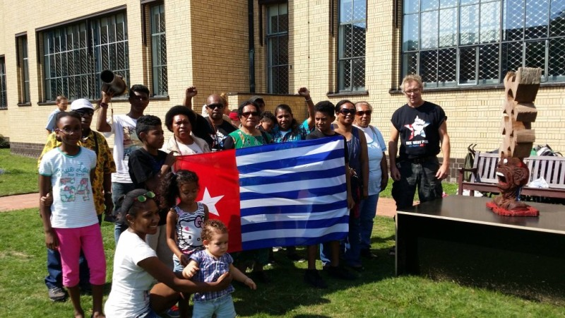 Some of the team from Free West Papua Campaign-Netherlands meeting with Mr Pietersen
