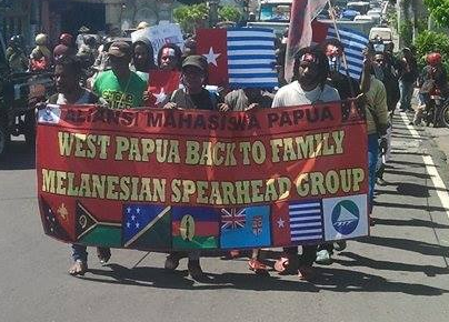 West Papuan students marching to call for West Papua returning to the Melanesian family as a full member of the Melanesian Spearhead Group (MSG).