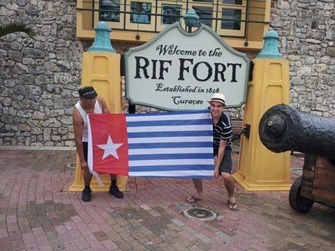 curacao-caribbean-flag