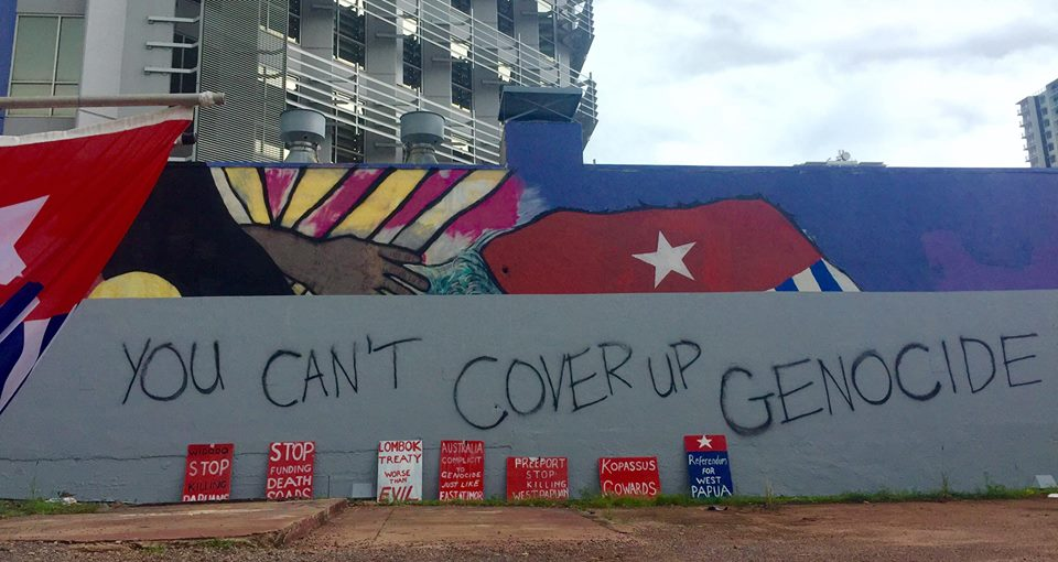 West papuan friendship mural in darwin painted over after for Mural indonesia